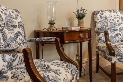 benedictine bed and breakfast sitting room