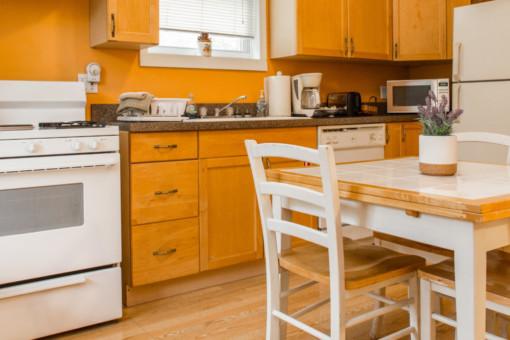 benedictine bed & breakfast kitchen